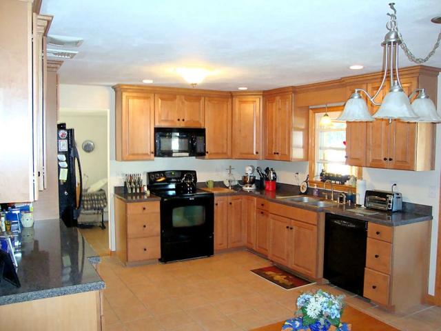 Kitchen Cabinet Installation Hartford